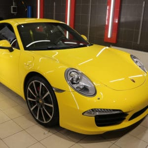 Porsche покрыт воском