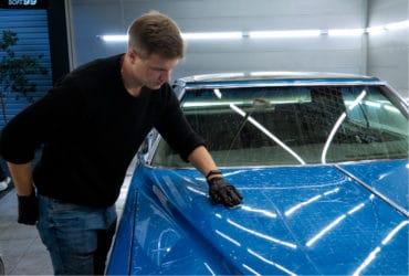 очистка машины синтетической глиной
