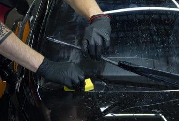 очистка лобового стекла