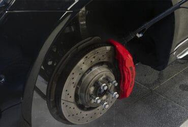 чистый тормозной диск