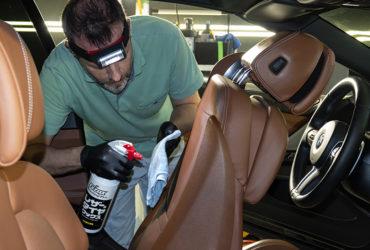 химчистка кожаных сидений авто