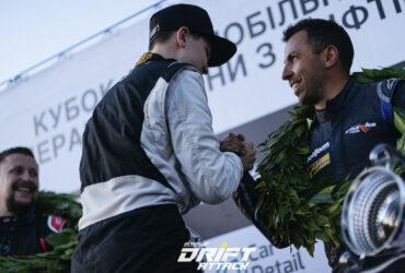 награждение победителей автогонок