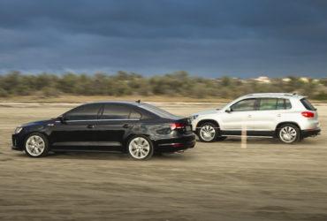 дрифтинг автомобилей на песке