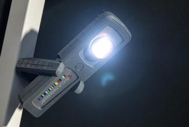 ручной фонарь с магнитом Scangrip Colormatch