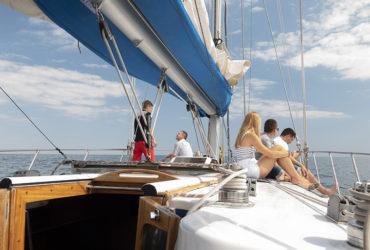 студенты школы CDL на яхте