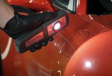 ручной фонарь Scangrip для диагностики ЛКП