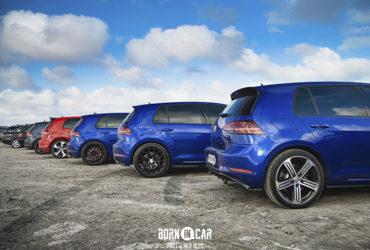 синие автомобили Volkswagen