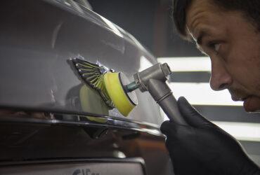 полировка значка Bentley