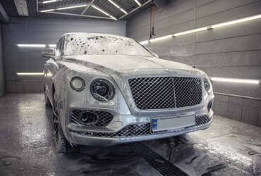 мойка Bentley Bentayga