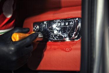 чистка кожаного салона Bentley Bentayga